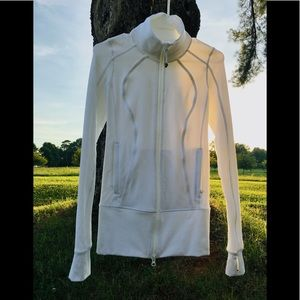 ❤️Lululemon athletica White zip up great condition